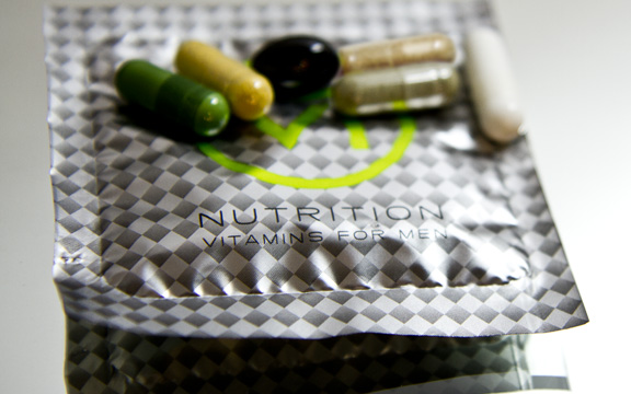 SIX NUTRITION Vitamins for Men – Product Review